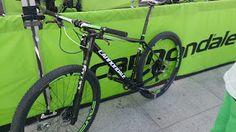 #TheLivingLegend #MTB #Tinker Tinker Juarez El bazar de Zarhot: Casi casi como Tinker Juárez - Cannondale FSI Team Cross Country Mountain Bike, Mountain Bike Races, Living Legends, Road Racing, Road Bike, Bmx, Bicycle, Bicycle Shop, Cycling