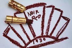 1930 noir rojo es deliciosamente oscuro y maravillosamente misterioso. Una ciruela profunda, de rojo! <3
