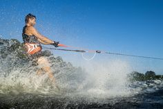 Leverage effect! Mechanical Advantage due to the Pulley Block - 50% Less Effort to hold on to the waterski handle!