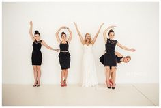 Wedding-Photo-Ideas-and-Poses-Bridesmaids-