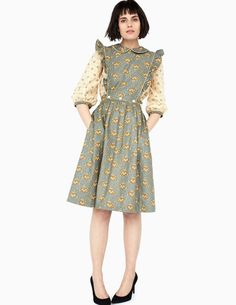 Batsheva Dress Source by dress winter New York Fashion, Retro Fashion, Vintage Fashion, Club Fashion, Vintage Dresses, Vintage Outfits, 1950s Dresses, Vintage Clothing, Fairytale Fashion