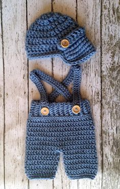 Oliver Newsboy Cap with Crochet Baby Shorts/Pants with Suspenders in Stonewash A. - Oliver Newsboy Cap with Crochet Baby Shorts/Pants with Suspenders in Stonewash Available in Newborn - Crochet Baby Pants, Crochet For Boys, Newborn Crochet, Crochet Hats, Crochet Baby Boy Hat, Knit Hats, Crochet Beanie, Baby Knitting Patterns, Baby Patterns