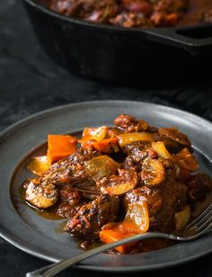 Braised Beef with Red Wine and Tomatoes