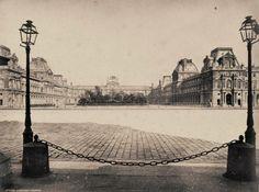 Le Louvre sans sa pyramide en 1880 - Gustave Le Gray. Source: https://www.facebook.com/photo.php?fbid=773909145972037set=pcb.773918432637775type=1theater Voir d'autres photos: https://www.facebook.com/pariszigzag/posts/773918432637775