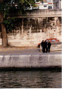Woda w mieście - Paryż, bulwar Sekwany. Foto. Janusz A. Włodarczyk, 1994