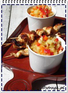 satay z kurczaka z salsą Ratatouille, Ethnic Recipes, Food, Red Peppers, Essen, Meals, Yemek, Eten