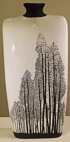 Layers of glazing and many skilled hours are required to create this detailed beautiful Aspen Vase. A homage to the beauty of nature and wild aspen groves. Raku is a firing process developed in Japan; Raku Pottery, Glazes For Pottery, Glazed Pottery, Slab Pottery, Kintsugi, Porcelain Ceramics, Ceramic Vase, China Porcelain, Painted Porcelain