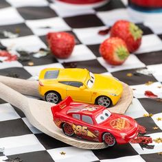 Cars 3 Car And Spoon Duel Car And Spoon Duel. This is such a cool idea for an egg-and-spoon race with a Cars inspired difference! Vintage Jeep, Disney Cars, Benz C, Mercedes Benz Amg, Cars 3 Characters, Auto Party, Egg And Spoon Race, Used Cars Movie, Ideas Party