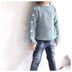 Knappegenser / Button sweater (norwegian and english)