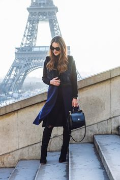 Layer up for cold days and style black & navy! Kathleen from http://carriebradshawlied.com/ is a perfect inspiration for pairing amazing outfit that will make you both warm and elegant!