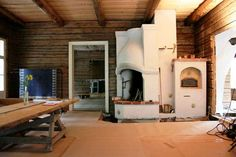 House built of old logs in Finland, with old oven Old Country Houses, Old Houses, Country Style, Country Living, Stove Fireplace, Scandinavian Furniture, House Built, Log Homes, Finland