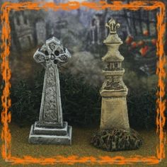 Miniature Halloween Village Graveyard Tombstone Set #17 for Dept 56 or Lemax