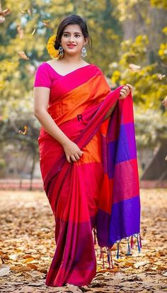 Indian Photoshoot, Wedding Photoshoot, Girl Photo Poses, Girl Poses, Stylish Girls Photos, Beauty Full Girl, Saree Styles, Saree Blouse Designs, Latest Dress
