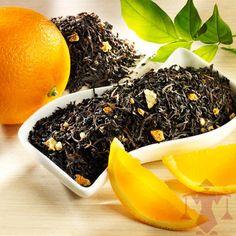 Eine Ceylon-Darjeeling-Mischung mit dunkelbraunem Blatt mit Orangenschalen.