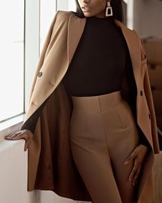 Mode Ootd, Look Blazer, Vetement Fashion, Elegantes Outfit, Looks Chic, Classy Looks, Mode Outfits, Latest Outfits, Mode Inspiration