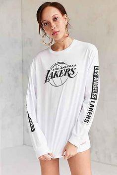 T-shirt à manches longues NBA Mitchell & Ness 54$