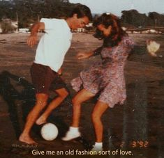 old fashioned love - Vintage Quotes Couple Goals, Cute Couples Goals, Cute Young Couples, Couple Aesthetic, Retro Aesthetic, Aesthetic Grunge, Aesthetic Pictures, Aesthetic Anime, Cute Relationship Goals