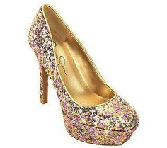 Loving these super sparkly shoes!