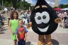 Giant Drop of Oil mascot, Churchill Square, Edmonton.