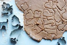 Oravanpesä: PIPARINPAISTAJAISET 2019. Muji, Cookies, Desserts, Food, Crack Crackers, Postres, Biscuits, Deserts, Hoods