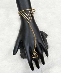 Unique Costumes, Hand Bracelet, Girl Online, Jewellery Designs, Matte Gold, Happy Shopping, Westerns, Christian Louboutin, Delivery