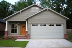 Cottage Style House Plan - 3 Beds 2 Baths 1600 Sq/Ft Plan #430-21 Exterior - Front Elevation - Houseplans.com