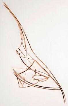 Sarah Warsop, Broche rose goud
