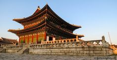 Gyeonbokgung Palace buildings at sunset  #seoul #korea