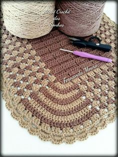 Afghan I'd like to find the pattern for crochet project by Melinda R Crochet Motifs, Crochet Quilt, Crochet Home, Love Crochet, Crochet Crafts, Crochet Doilies, Crochet Stitches, Crochet Baby, Crochet Projects