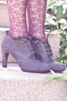 #shoes shoes shoes    PleaseCheck my site for more incredible photos!    Also Please like Thanks!