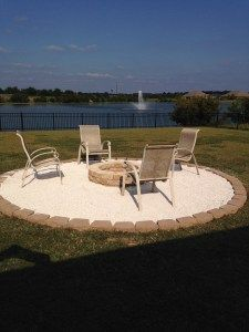 DIY Fire pit with pea gravel and pavers