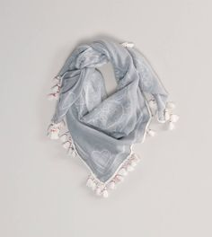 Lovely printed scarf from @American Eagle Ouftitters