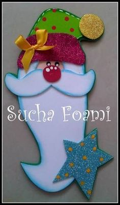 Second Hand Red Carpet Runner Felt Crafts, Diy And Crafts, Christmas Crafts, Crafts For Kids, Christmas Decorations, Paper Crafts, Christmas Ornaments, Holiday Decor, Christmas Door Hangings