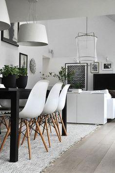 urbnite:Eames Molded Side Chair (Dowel Legs)