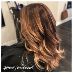 Beautiful blonde balayage by Sierra Schnell @envysalonstudio in Wasilla,Alaska #hairbysierraschnell #wasillaAlaska #behindthechair #balayage #blondebalayage #blondehair #longhair #blonde #jiocofreeplay #jioco