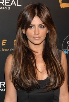 Monica Cruz and her hair Penelope Cruz, Hairstyles Haircuts, Pretty Hairstyles, Straight Hairstyles, Brunette Beauty, Hair Beauty, Hair Inspo, Hair Inspiration, Haircut And Color