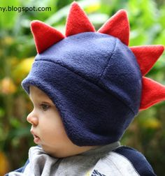 Sewing Gifts For Kids DIY fleece dino hat (with sewing pattern) / Dinós polár sapka (szabásmintával) / Mindy - Fleece Projects, Sewing Patterns For Kids, Sewing Projects For Kids, Sewing For Kids, Sewing Crafts, Sewing Ideas, Diy Clothes Tutorial, Hat Tutorial, Fleece Hats
