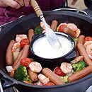 クリーミーチーズフォンデュ| スノーピーク流アウトドア料理 | クックらぶ