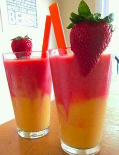 ~δροσερο smoothie με φραουλα και μπανανα.~<3
