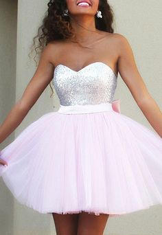 Strapless Sleeveless Bowknot Embellished Gown