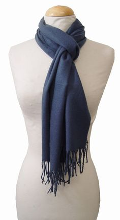 Sherlock scarf look-alike #Comicon Gifting Suite, Celebrity Product Placement, Brand Activations - http://www.cloud21.com/2/events-2014