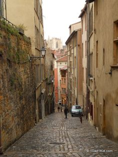 Beautiful old town street walking down from the hill that houses the basilica and les theatres romains, 2000+-year-old ruins. #Lyon