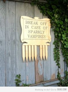 i need one for the sparkly vampires (and another for the fans of these vampires)