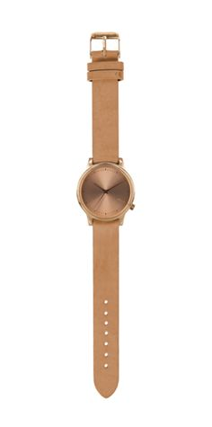 Welcome to KOMONO, a community of dreamers and designers dedicated to perfectly timed accessories. The Estelle is a new Komono watch with a leather wristband.