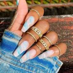 Ongles Baby Blue, Baby Blue Nails, Marble Acrylic Nails, Acrylic Nail Designs Coffin, Marble Nail Designs, Blue And White Nails, Light Blue Nails, Light Blue Nail Designs, Stars Nails