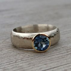 Fair Trade and recycled gold engagement ring - love this simple setting! Looks a lot like my wedding ring. <3