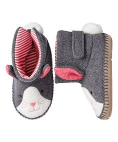 These little bunny booties are so cute!