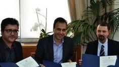 Η πρώτη πόλη της Ελλάδας με τεχνολογία 5G, είναι από χθες τα Τρίκαλα, καθώς στο Δημαρχείο υπογράφηκε προγραμματική συμφωνία ανάμεσα στον δήμο Τρικκαίων, τη Γενική Γραμματεία Τηλεπικοινωνιών και Ταχυδρομείων του υπουργείου Ψηφιακής Πολιτικής, Τηλεπικοινωνιών και Ενημέρωσης και την e-trikala ΑΕ. Παράλληλα, όπως αναφέρθηκε, ο δήμος ετοιμάζει και ολοκληρωμένο πρόγραμμα γεωργίας ακριβείας (smartfarming) στο πλαίσιο του …