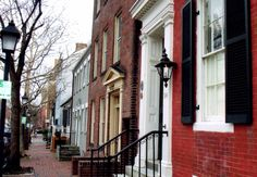 Old Town Alexandria is a great place to just go for a stroll on a crisp autumn day.  The streets are lined with beautiful historic row houses.  #myhometownpins