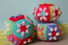 little woollie: a blog about crocheting. Her designs are SO colorful and fun!
